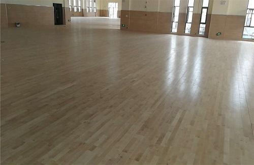 篮球场运动木地板施工和保养寿命