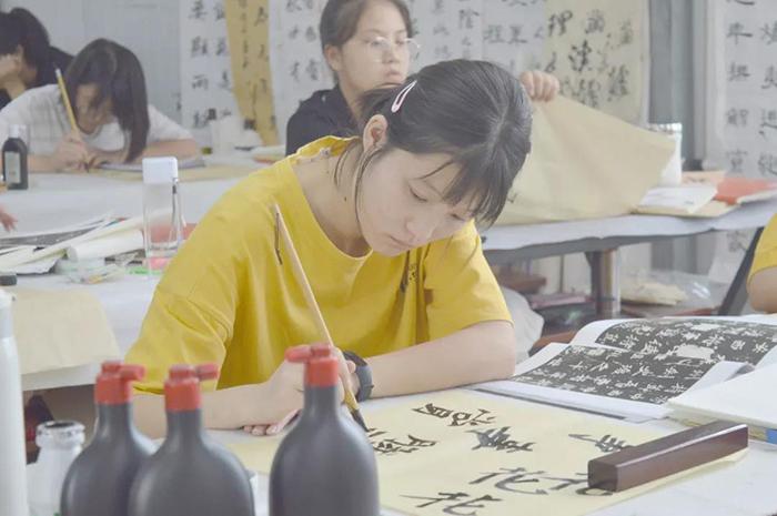 淄博书法艺考培训班排名哪家好?