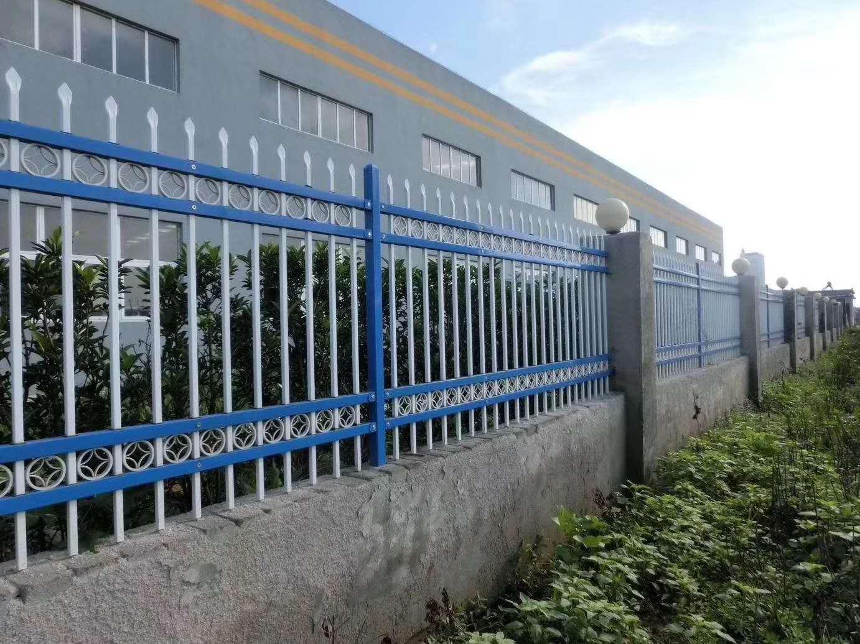 供应广西锌钢道路护栏 弧形护栏 交通护栏 城市护栏-慧聪网