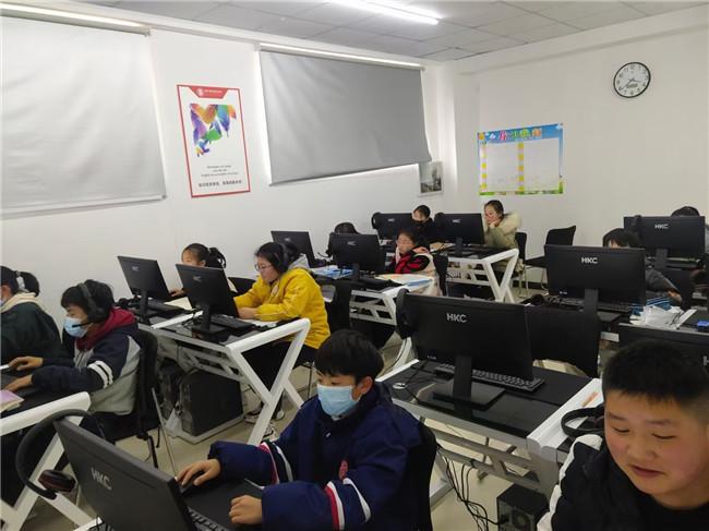 教育投资项目:智能机器人教育项目投资