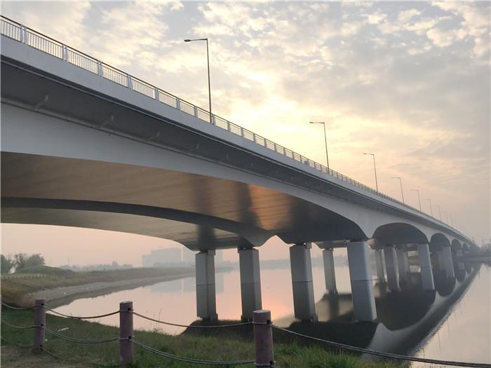 西安桥梁混凝土护栏专用防腐材料
